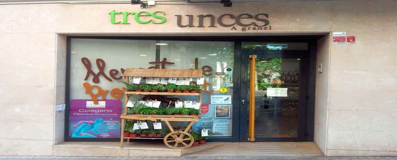 Tres Unces